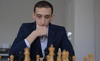 1-1 Blitz Games with GM Hovhannisyan